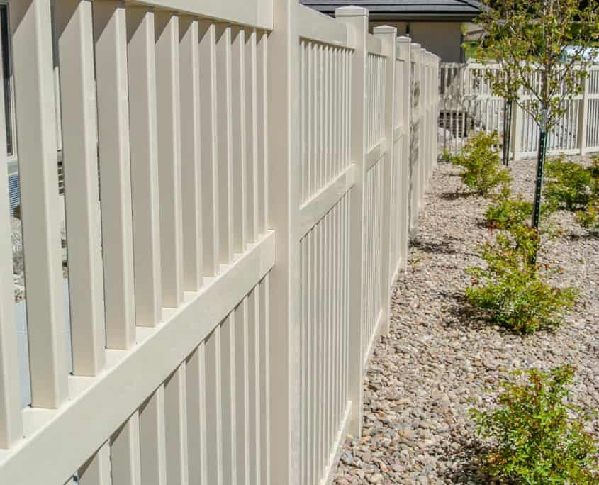 Ideal Fencing - PVC Fencing-4903